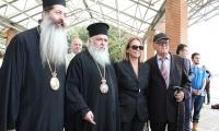 Ο Οικουμενικός Πατριάρχης κ.κ. Βαρθολομαίος εγκαινίασε  την εικαστική έκθεση Βαρλάμη στο Νοσοκομείο Παπαγεωργίου